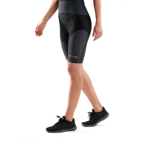 Skins DNAmic Triathlon 1/2 Tights Damen black